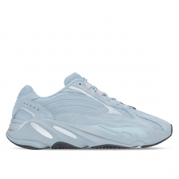 "ADIDAS : YEEZY BOOST 700 V2 ""HOSPITAL BLUE"""