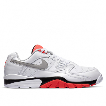 NIKE : AIR CROSS TRAINER 3 LOW